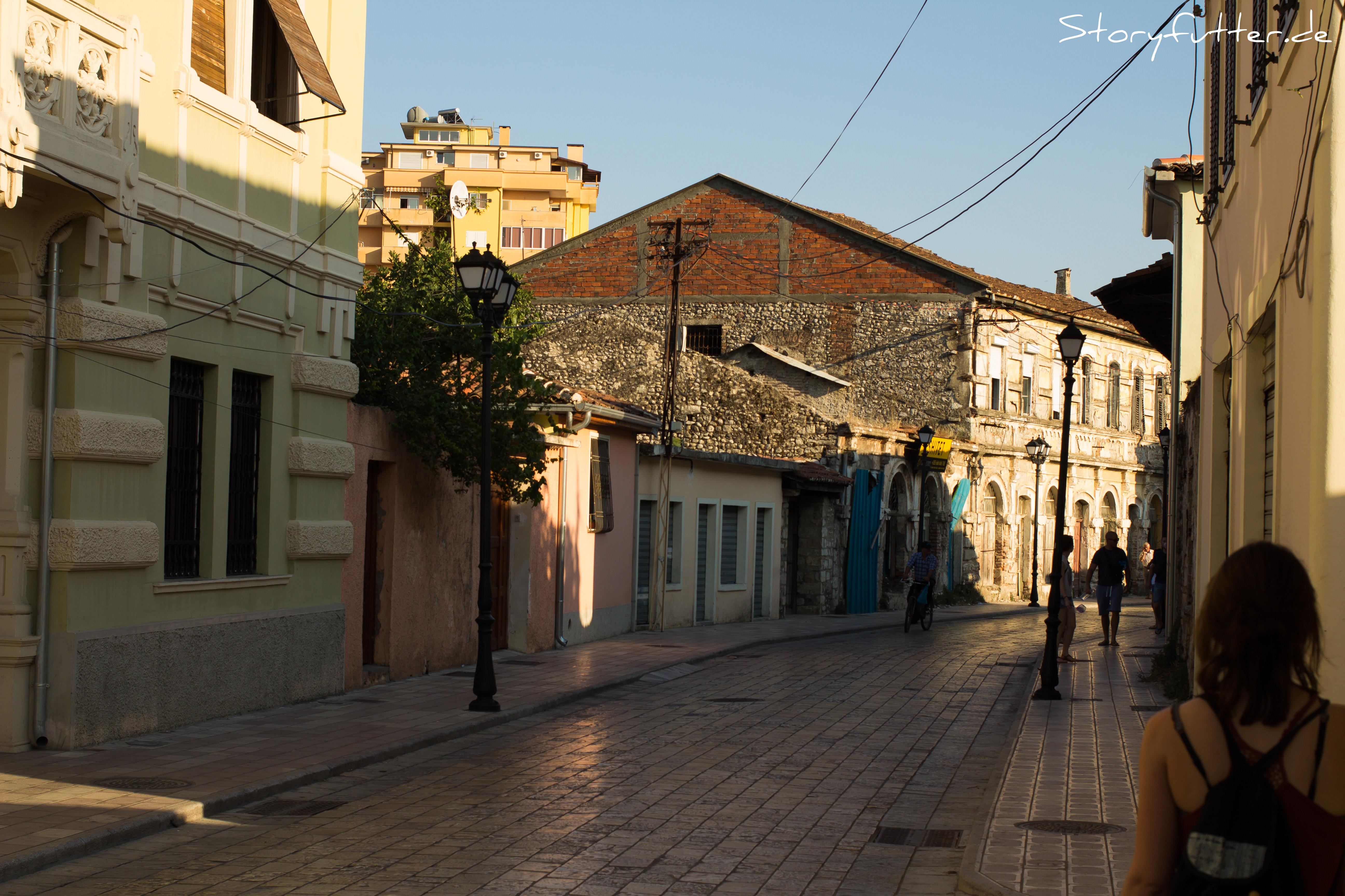 Shkodra bietet viel Raum zum Schlendern und Kaffee trinken - sonst gibt es nicht viel zu tun.