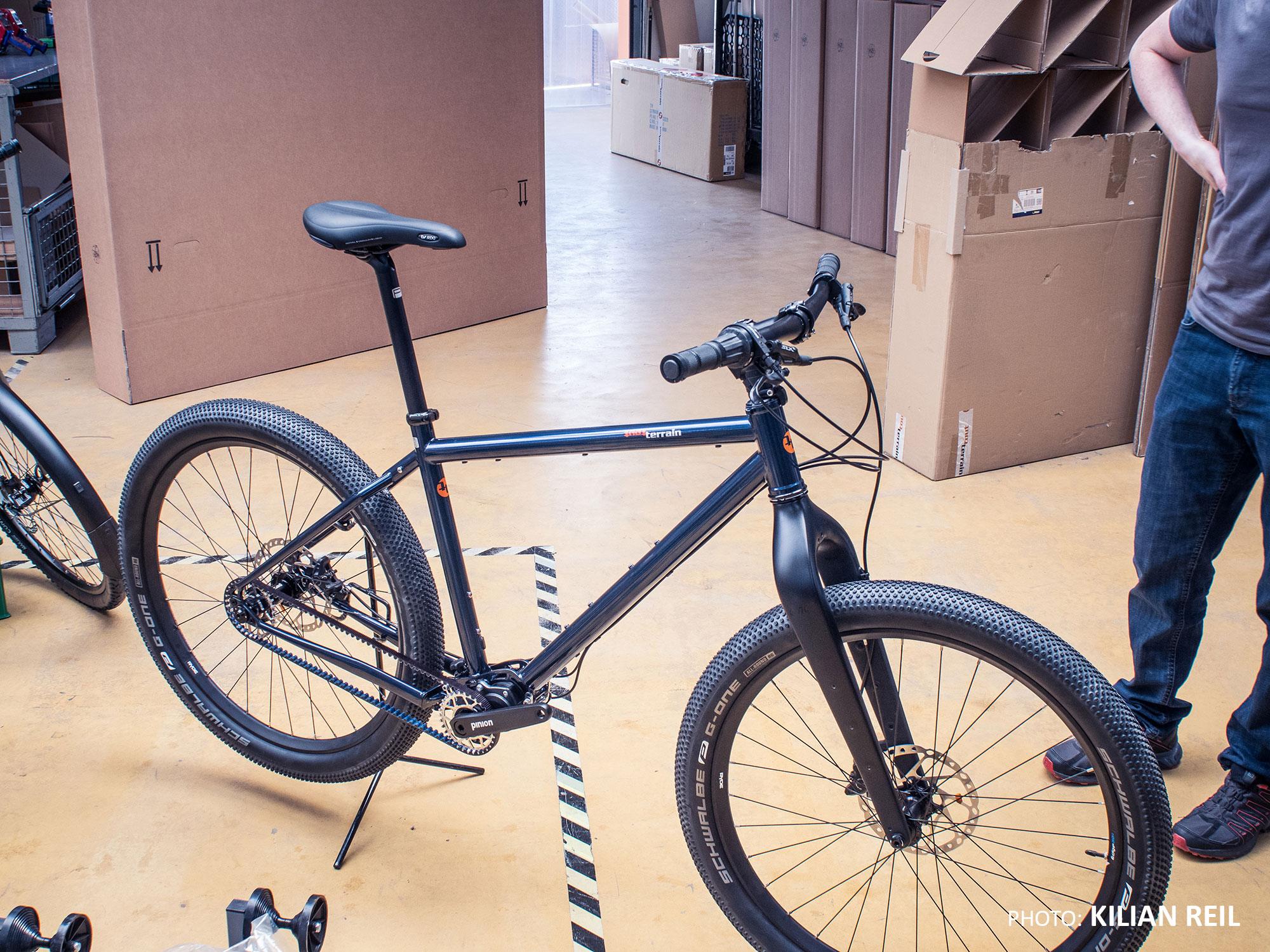 Bikerafting Jakutien Kilian Reil: Tout-Terrain Outback Bike